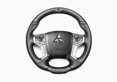 MITSUBISHI_L200_CONVERTED_STEERING_WHEEL_01