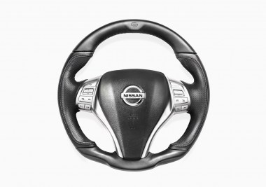 NISSAN_NAVARA_CONVERTED_STEERING_WHEEL_01