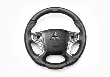 PICKUP_DESIGN_MITSUBISHI_L200_CONVERTED_STEERING_WHEEL_01