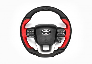 PICKUP_DESIGN_TOYOTA_HILUX_CONVERTED_STEERING_WHEEL_01